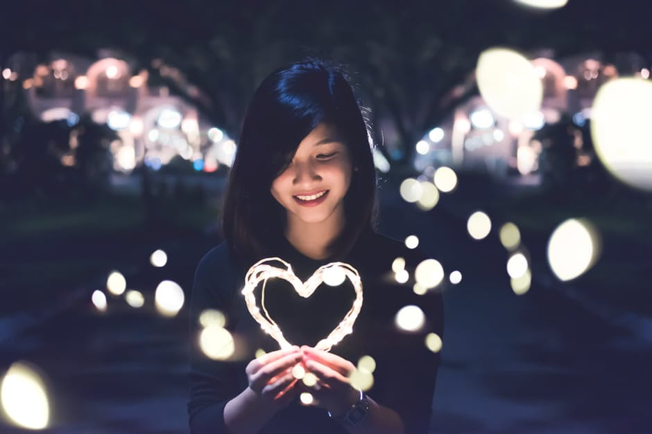 Bikin Diri Sendiri Merasa Dicintai