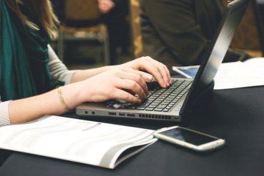 Menjadi Penulis yang Tidak Pernah 'Menulis'