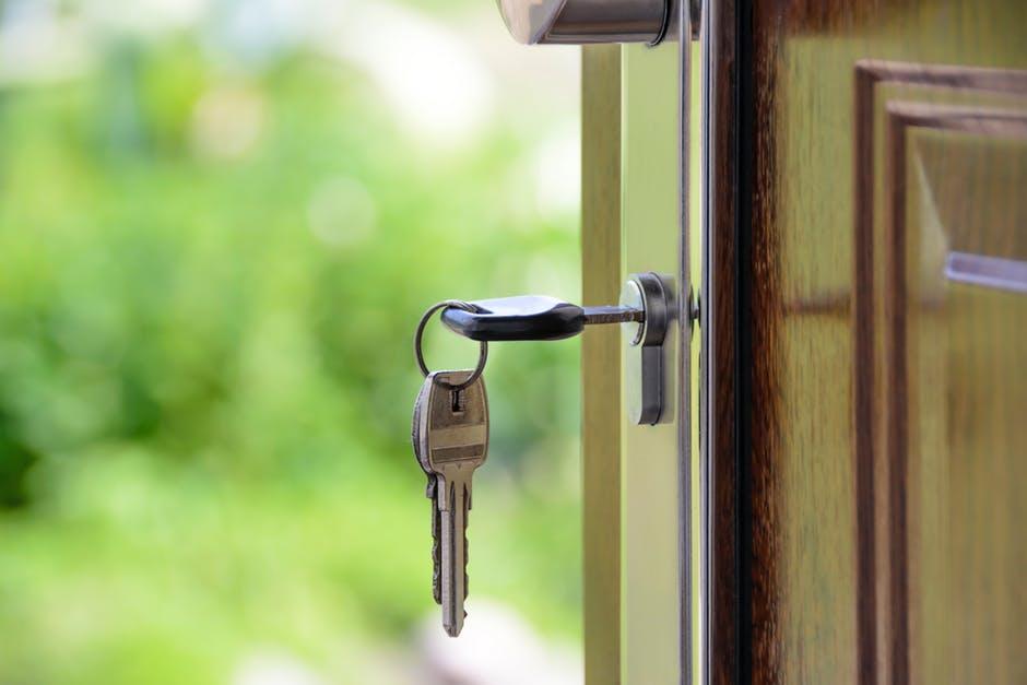 Pindah Rumah dan Susahnya Move On dari Rumah Lama